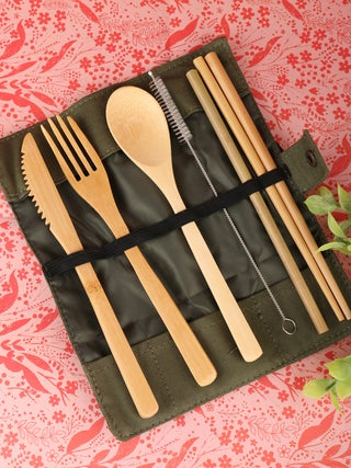 Bamboo Travel Cutlery Set green pouch